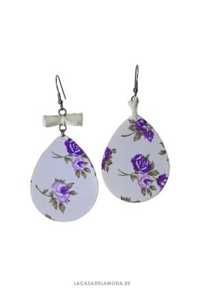 Pendientes originales blancos con flores lila
