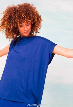 Camiseta azul royal oversize