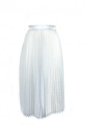 Falda larga plisada metalizada gris perla.