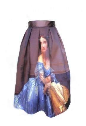 Falda marsala estampada dama isabelina.