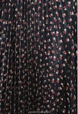 Falda midi plisada negra y roja corazones