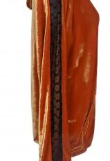 Jersey de terciopelo y brazo de encaje negro