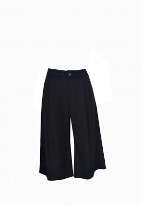 Pantalón coulotte negro con bolsillos y pinzas