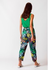 Pantalón estampado floral