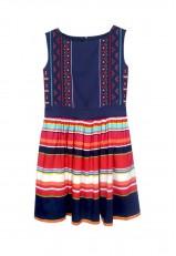 Vestido de rayas con bordados azul marino y colores en algodón