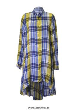 Vestido estilo camisa de cuadros y manga larga