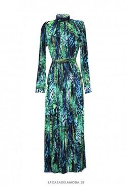 Vestido largo plisado invitada boda con hojas