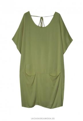 Vestido verde holgado de seda