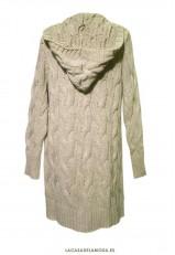 Chaqueta beige mujer con bolsillos y capucha