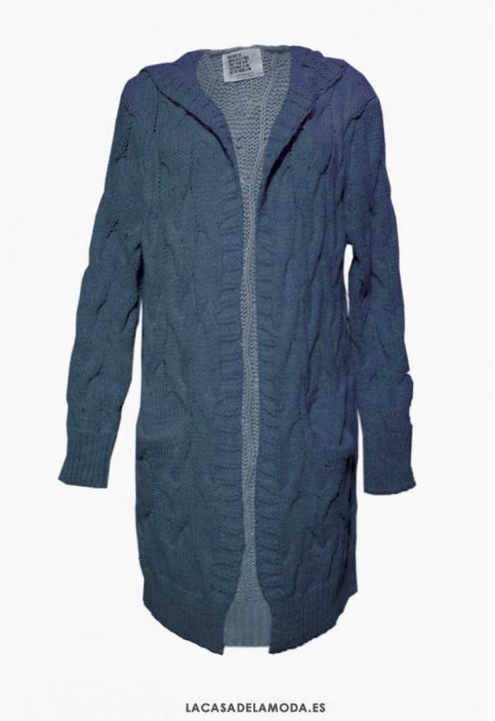 Chaqueta larga azul con capucha y bolsillos