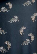 Blusa cruzada top negra con estampado tigres